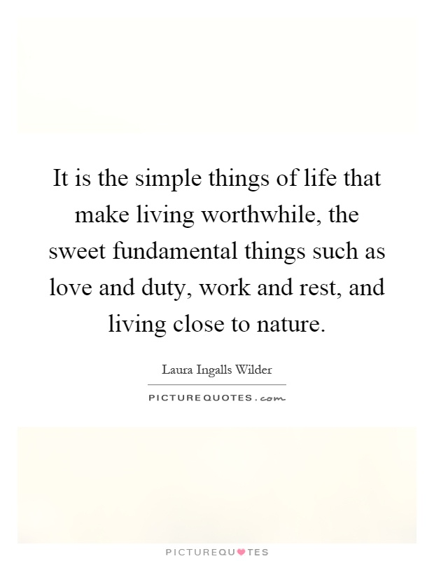 living a worthwhile life Living a worthwhile life involves being a virtue ethicist where you not only maximize mental and physical benefits to yourself but also to those around you.